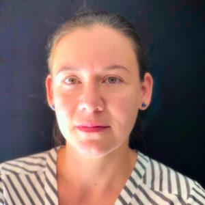 Paula Valencia Headshot